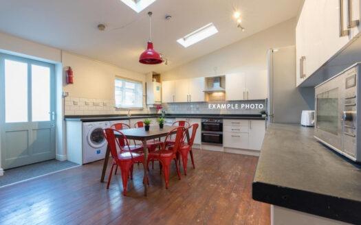 Flat 6 Kielder House kitchen 2