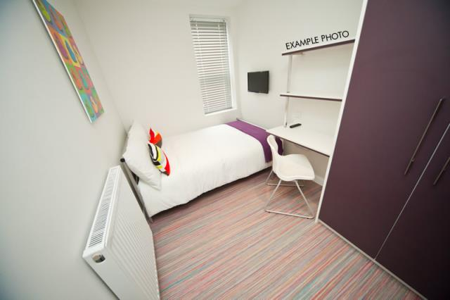 2 Queen Anne Street bedroom 1