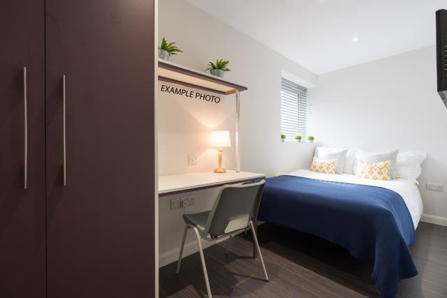 21 Queen Anne Street bedroom 10