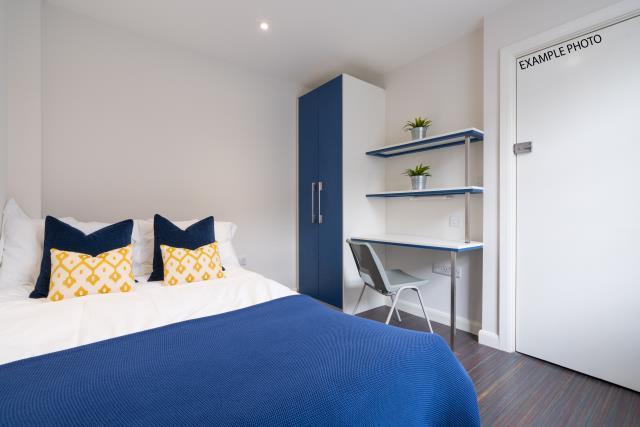 21 Queen Anne Street bedroom 11