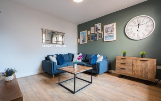 Flat 4 The Square, 1 Falconar Street, living room 1